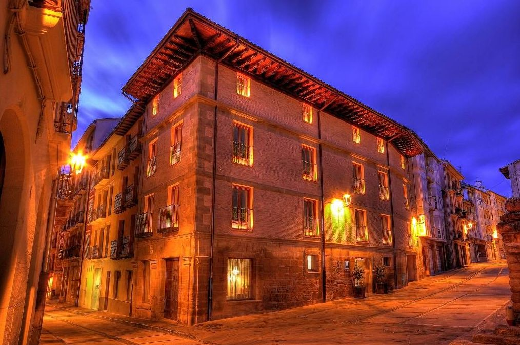 where to stay in Estella