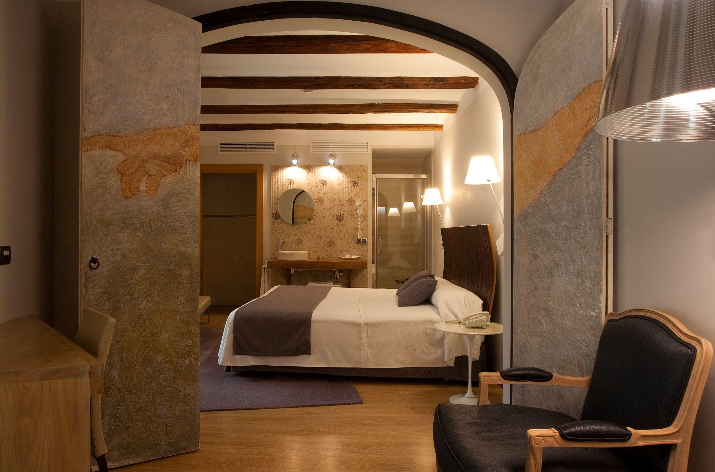 where to stay in Estella